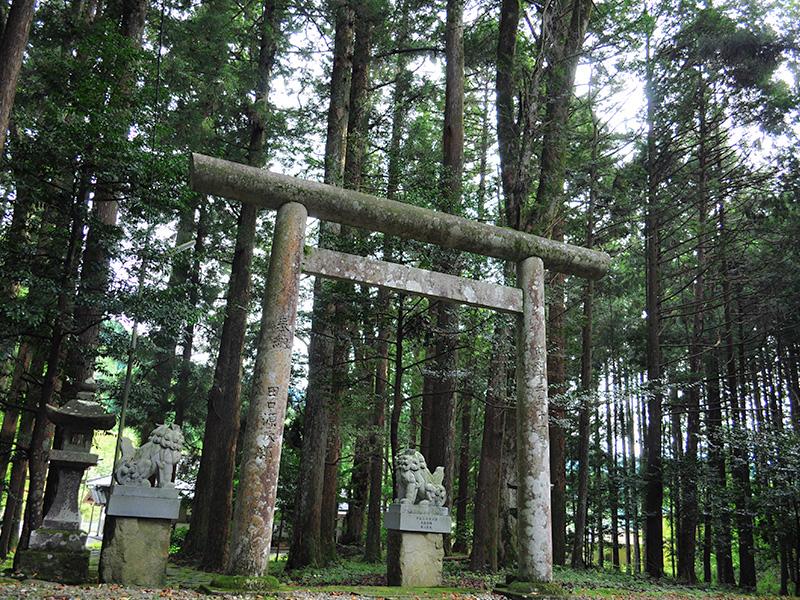 白川町の景色:神社